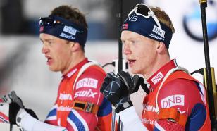 Норвежские биатлонисты разгромили соперников в спринте Оберхофа
