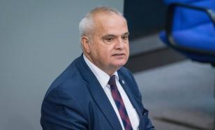 Немецкий депутат: властями ФРГ нагнетается страх. Зачем — непонятно