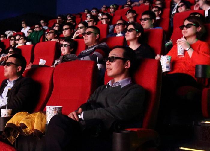 В Китае начинают открывать кинотеатры