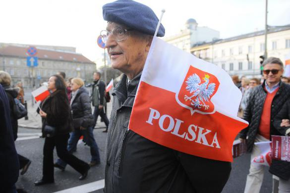 """В Варшаве начался марш националистов, несмотря на """"ковидный"""" запрет"""