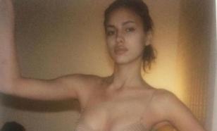 Ирина Шейк показала, как выглядела в двадцать лет