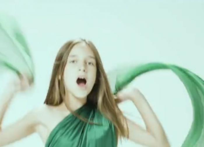 Дочь Кристины Орбакайте снялась в клипе матери