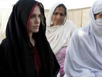 Анджелина Джоли встретилась с ливийским народом.
