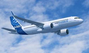 СМИ сообщают о вынужденной посадке Airbus A320 в Шереметьеве