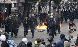 В акциях против расизма в Париже приняли участие около 15 тысяч человек