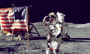 Трамп велел отправить астронавтов к Луне в течение пяти лет