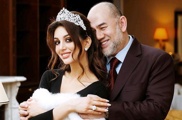 Бывший король Малайзии развелся с Мисс Москва - 2015