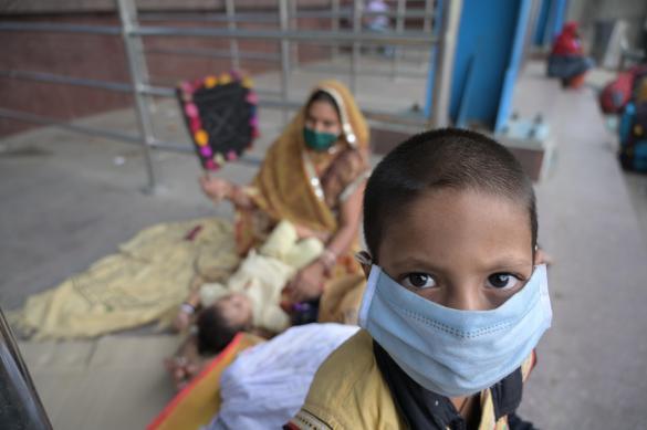 Больше 6,5 тысячи жителей Индии заболели коронавирусом за сутки