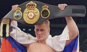 Поветкин выиграл бой за титул WBC Silver в тяжелом весе