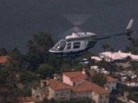 Вертолет рухнул в реку в Нью-Йорке, погибла женщина-пилот.