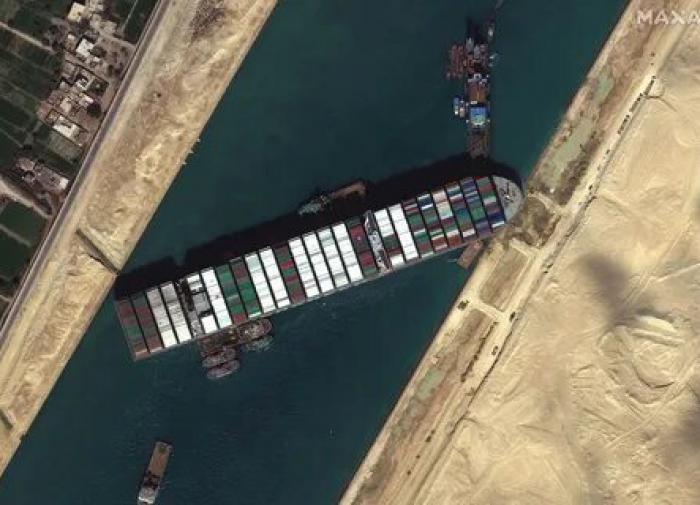 Суэцкий канал оценил ущерб от блокировки