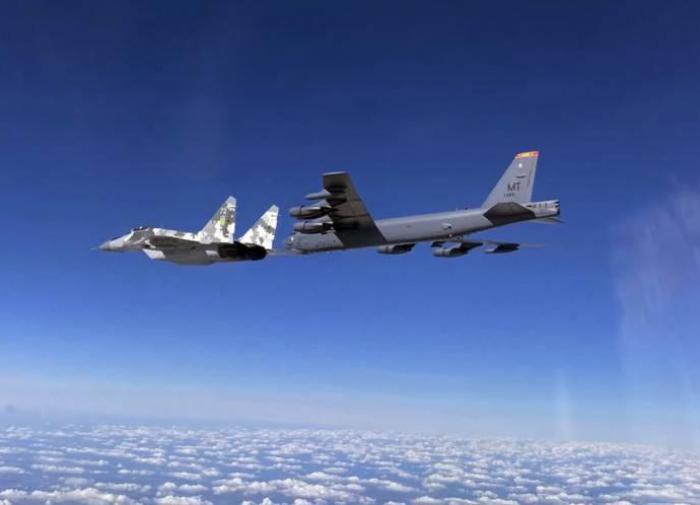 На Украине боятся ядерного ответа России на атаку B-52H