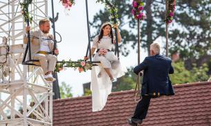 Немецкий канатоходец опубликовал фото своей необычной свадьбы