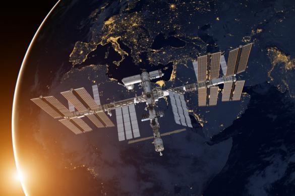 Выбраны первые туристы для полета на МКС на корабле Илона Маска