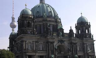 В Берлине вандалы повредили 70 музейных экспонатов