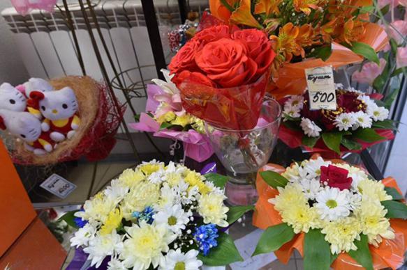 ВЦИОМ: россияне считают цветы учителям знаком уважения