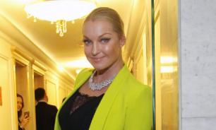 """""""Плебейка"""": Волочкова ответила Борисовой на обвинения в пьянстве"""