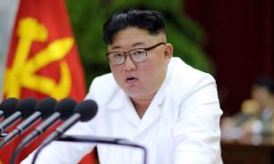 """Ким Чен Ын назвал США """"главным врагом"""""""