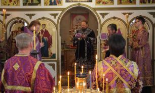 В РПЦ осудили посещение храмов на Пасху верующими