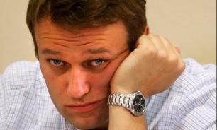 """Называется """"нашел"""": Навальный """"списал"""" программу у Медведева"""