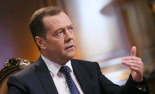 Телебенефис Медведева - бессмысленный и беспощадный?