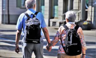 Совфед хочет разрешить пенсионерам гулять по очереди
