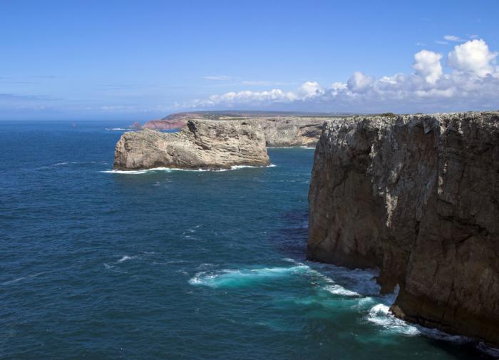 Геофизики назвали причину расширения Атлантического океана
