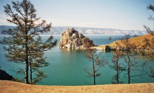 Директор института РАН: вода в Байкале токсична