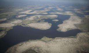 NASA опубликовало снимки древнего озера в Сахаре