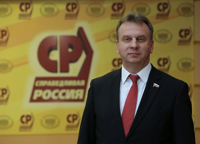 Сергей Крючек: мы должны обеспечить гражданам надежную социальную поддержку