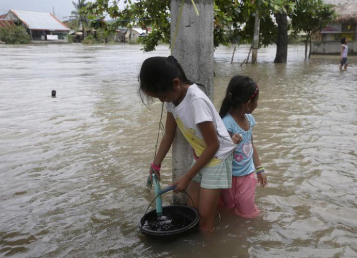 Ливень в Индии: наводнение и 25 погибших