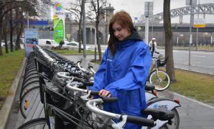 Волонтеры будут ездить по Москве на бесплатных велосипедах