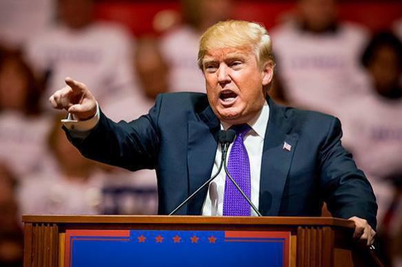 Экс-директор ЦРУ: Дональд Трамп - кремлевская марионетка
