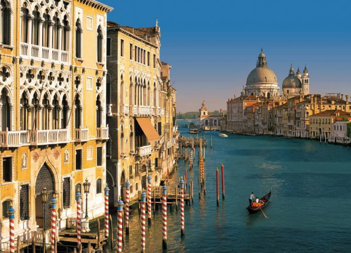 Жители Венеции протестуют против туристов