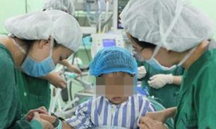Уникальный случай: трехлетней девочке из Китая диагностировали рак груди