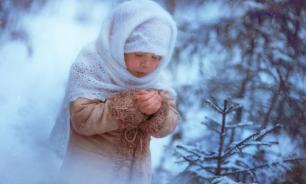 Забытая родственником девочка провела ночь на 15-градусном морозе