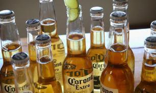 Жители США перестали пить пиво Corona из-за коронавируса