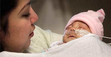 Российские врачи спасли новорожденного из ЛНР