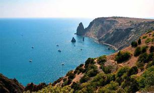 Птичий грипп, мертвые виноградники, военные НАТО: быть или не быть курортному сезону в Крыму?