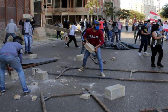 Голодный бунт: в Ливане начались антиправительственные протесты
