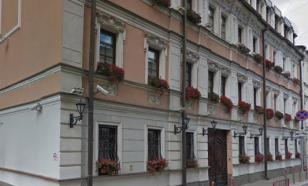 Дом в Казарменном переулке, где живет Ефремов, оцепила полиция