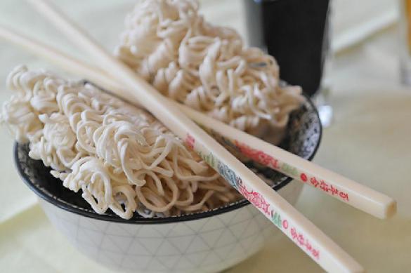 Роспотребнадзор запретил ввоз китайских продуктов с опасным составом в РФ