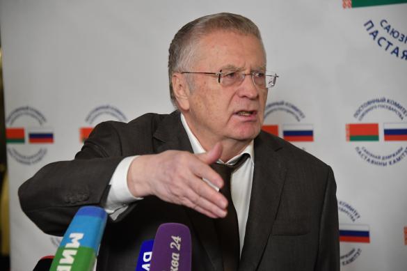 Жириновский считает, что Ефремов может сбежать за границу