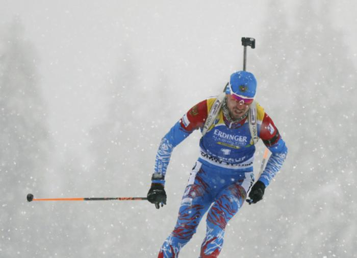 Логинов выйдет на старт спринтерской гонки ЧМ в золотой майке