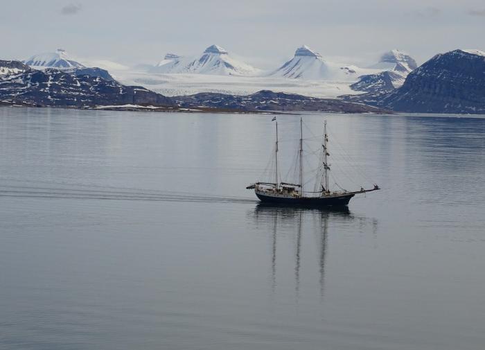Россия поспорит за шельф в Ледовитом океане с Норвегией, США, Канадой и Данией
