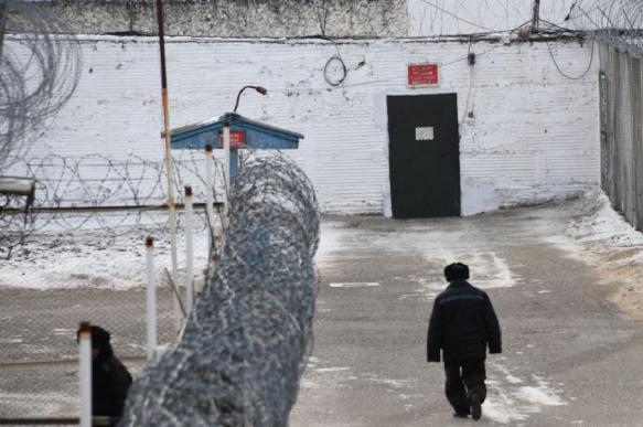 В колонии Новосибирска заключенные объявили голодовку