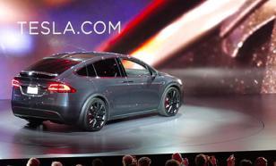 Чистая прибыль Tesla взлетела почти в 30 раз