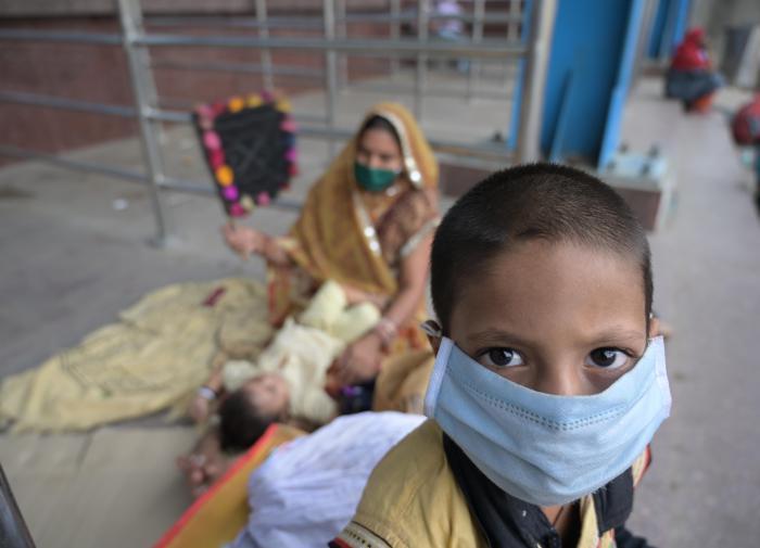 Коронавирус в Индии: новый антирекорд мирового масштаба