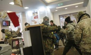 Во Львове подожгли отделения Сбербанка России и ВТБ. Виновные не найдены
