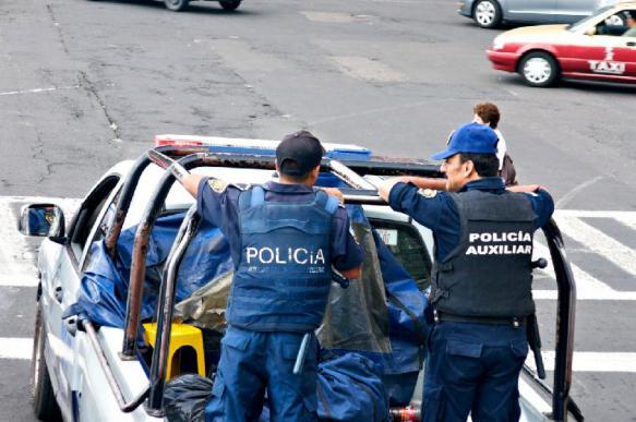 12 полицейских убито в одном штате Мексики за неделю